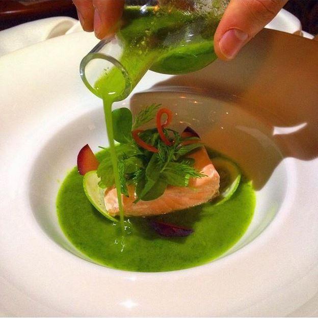Repost from @_mesutozkan: Our Narr Restaurant chefs never run out of creativity! Narr Restaurant şeflerimiz yaratıcılıklarını asla kaybetmiyorlar! #sheraton #bursa #sheratonbursa #hotel #narr #restaurant #chef #slowcooking #salmon #zucchini #gastronomy #betterwhenshared