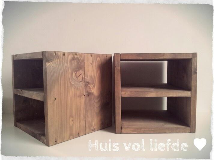 Hockers/nachtkastjes #steigerhout www.huisvolliefde.nl