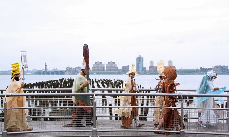 Earth Celebrations Hudson River Pageant, New York City. River Spirits along the Hudson. Photo Jacques Torchon Jr.