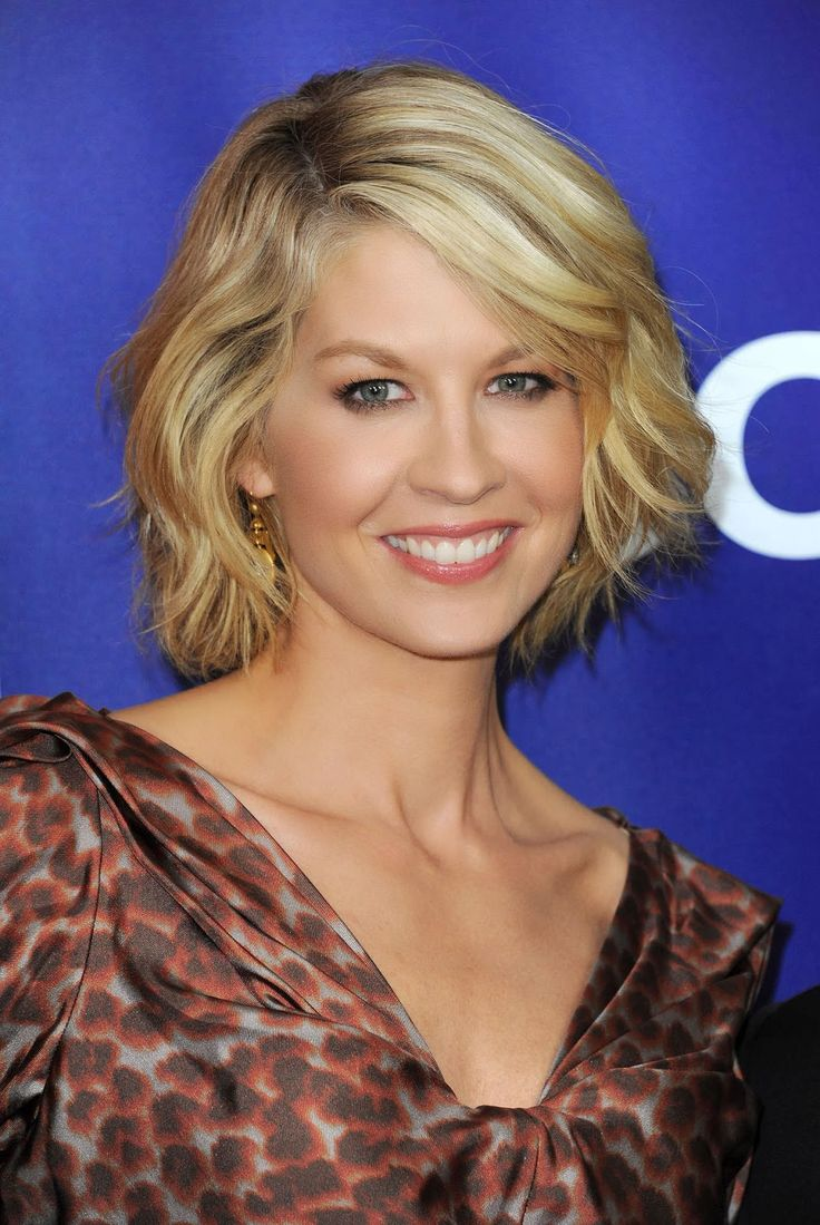 JENNA ELFMAN. Love her as Dharma, love her even more as a person.
