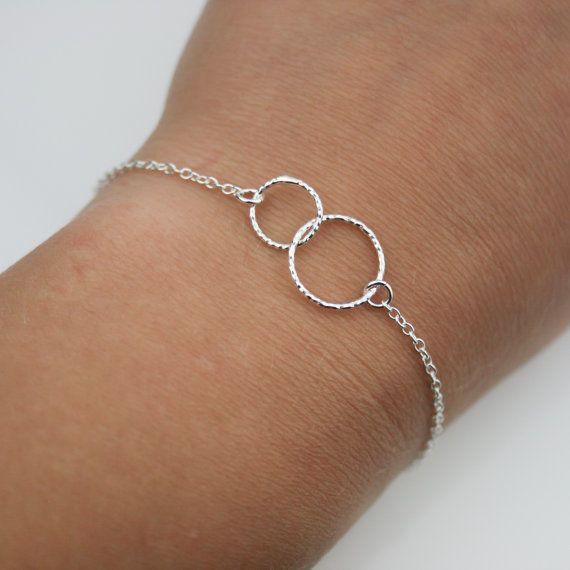 Deux enlacés cercles minuscules Sterling Silver par JewelleryByZM