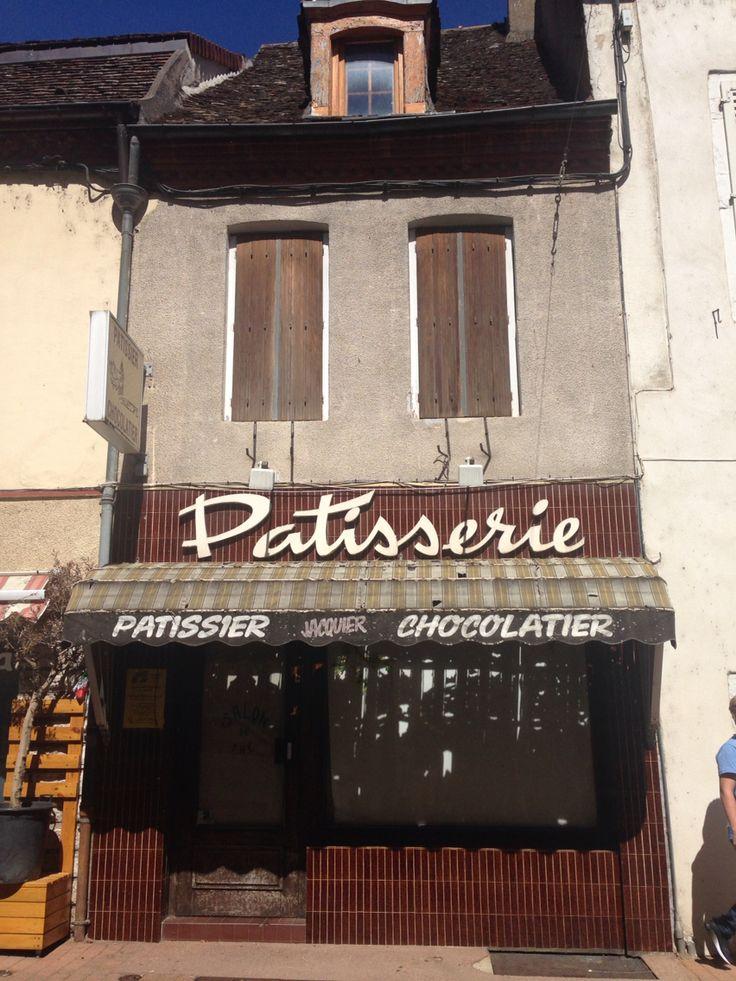 Patisserie, Paris, France. 2017.