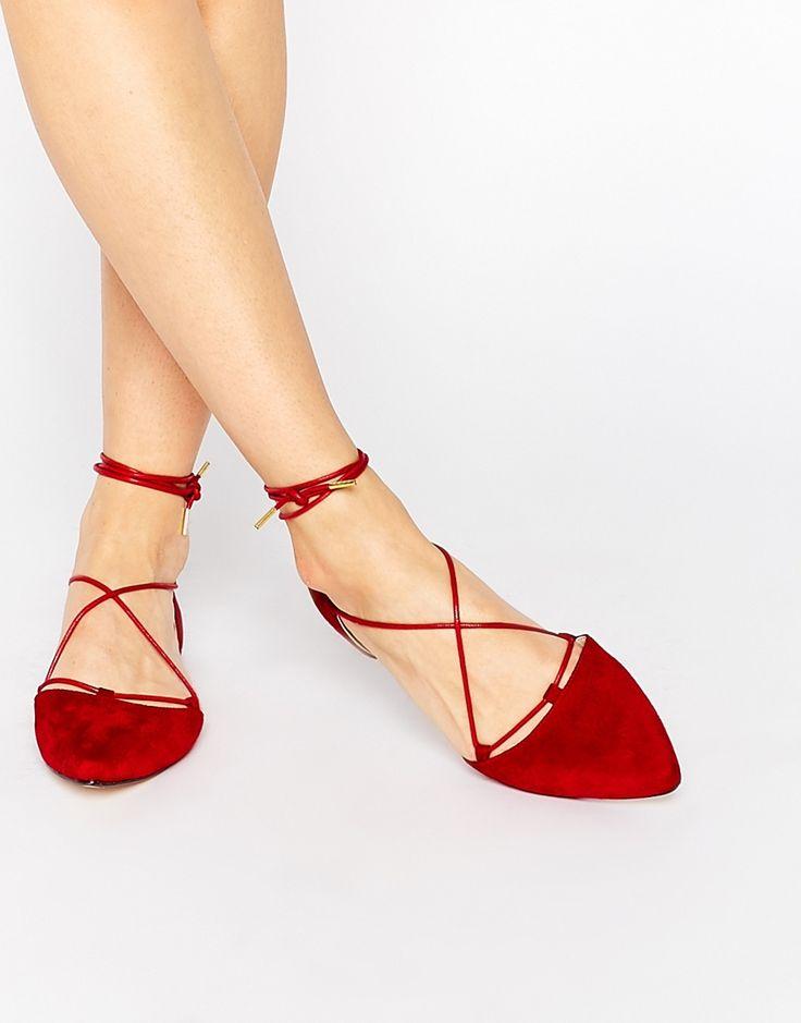 Sabrinas vermelhas com atacadores no site de compras do blog e revista de moda Simplesmoda.com