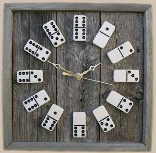 Domino-Uhr