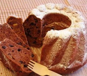 「チョコとオレンジのクグロフブレッド」takacoco | お菓子・パンのレシピや作り方【corecle*コレクル】