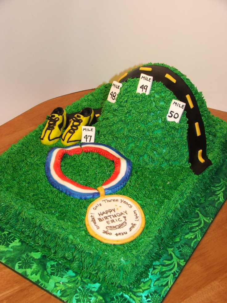 Cake Decorating Ideas Runners : 13 best images about #running on Pinterest Runners, Over ...