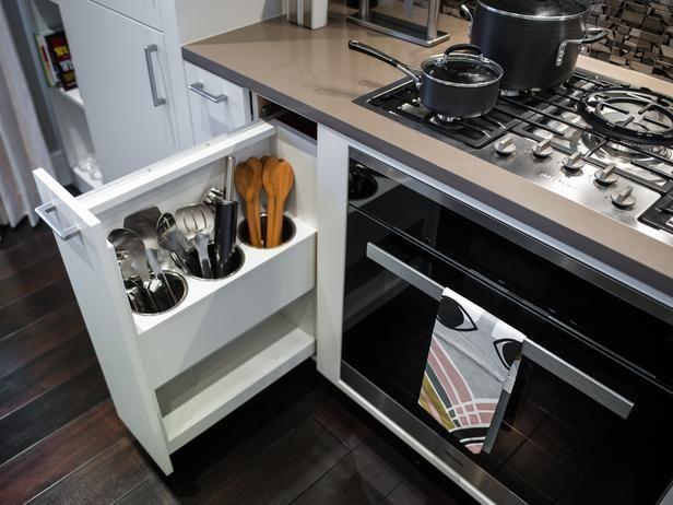 Efficient Hidden Utensil Storage.   Love this!