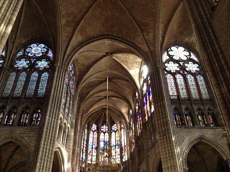 Katedrála, Křesťanství, Kostel