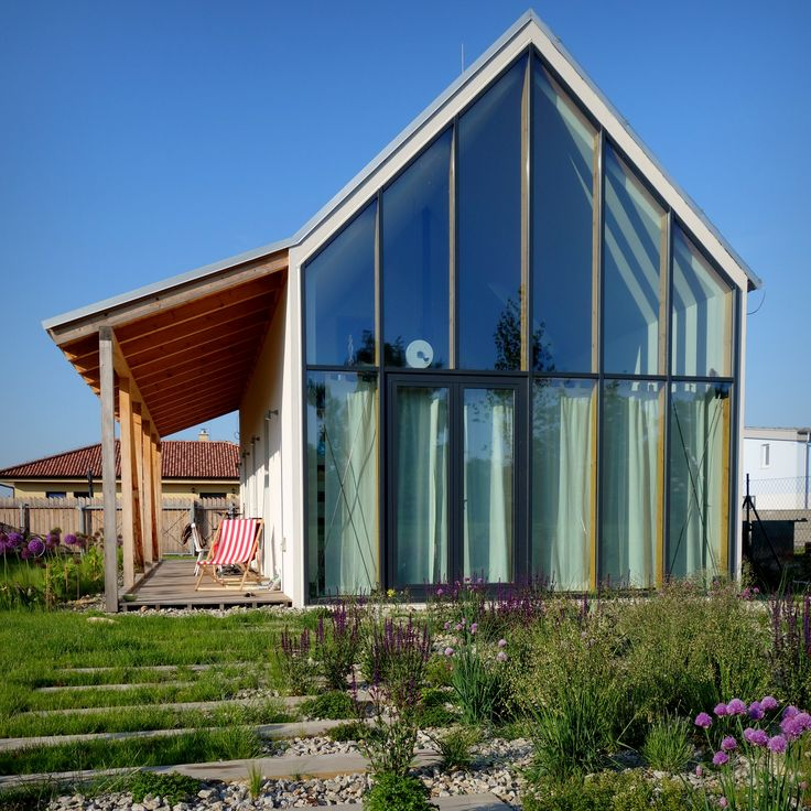 IST House garden, Slovakia http://jrkvc.sk/IST-Rodinny-dom