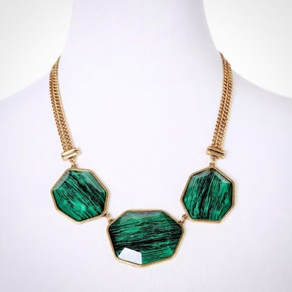 Faceted green statement necklace Not name brand, excellent quality Zara Jewelry Necklaces