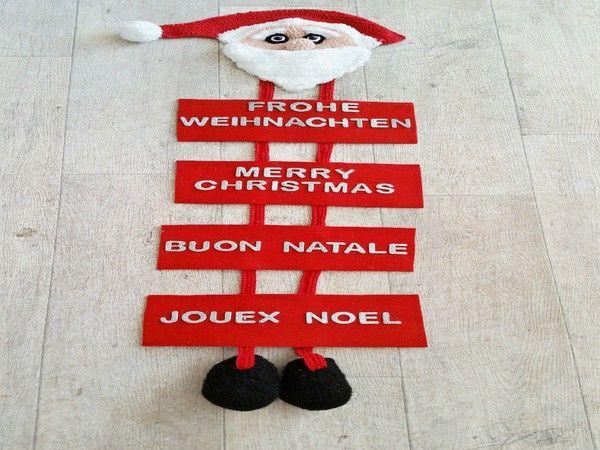 Ein Türschmuck den bestimmt nicht jeder hat ,begrüßen Sie Ihre Gäste doch mal in mehreren Sprachen. Weihnachten wird überall auf der Welt gefeiert ,daher passt dieser Türschmuck auch an jede Tür. Der süße Weihnachtsmannkopf mit den langen Beinen