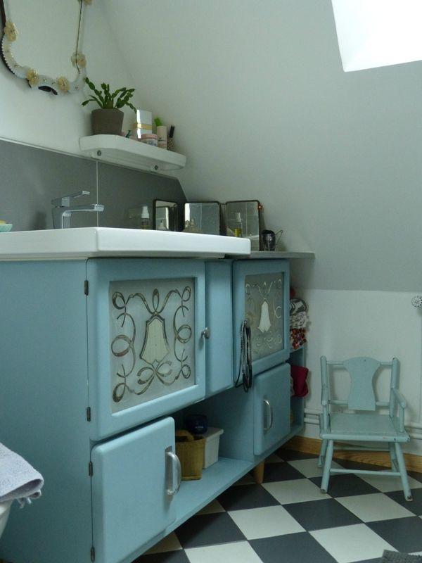 Un meuble de salle de bain DIY...