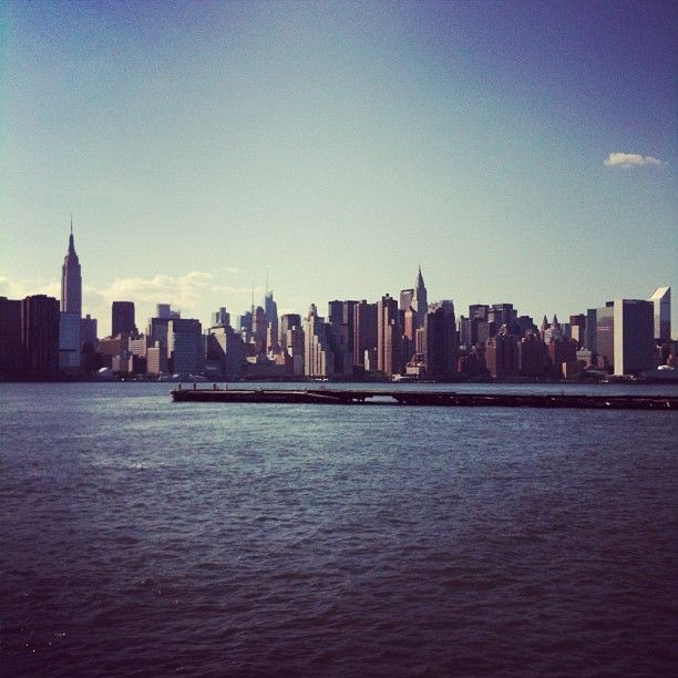 http://NYCPin.it ∞ Manhattan from Greenpoint #nycGreenpoint Nyc, Urban Oasis, Http Nycpin It, Stephbleu Photos, York States, Nyc Skyline