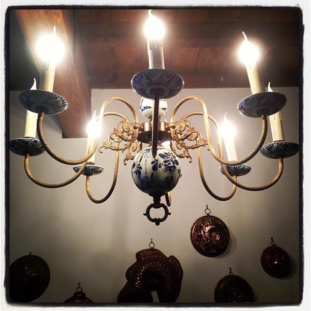 a favourite delft chandelier...