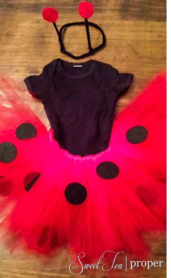 Easy DIY Baby/Infant Ladybug Costume | Cheap Halloween Costume Ideas | Toddler Costume | Baby Costume
