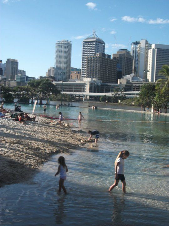 South Bank - a man-made beach in the central of Brisbane, love this!!