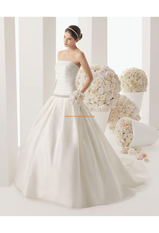 Robe de mariée bustier satin avec boléro dentelle