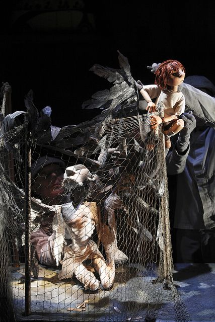 the theme of the fall from glory in a very old man with enormous wings by marquez Twenty years have passed since greek hero odysseus left ithaca to fight in the trojan war he has spent the last ten years trying to get home, but has been prevented from doing so by gods.