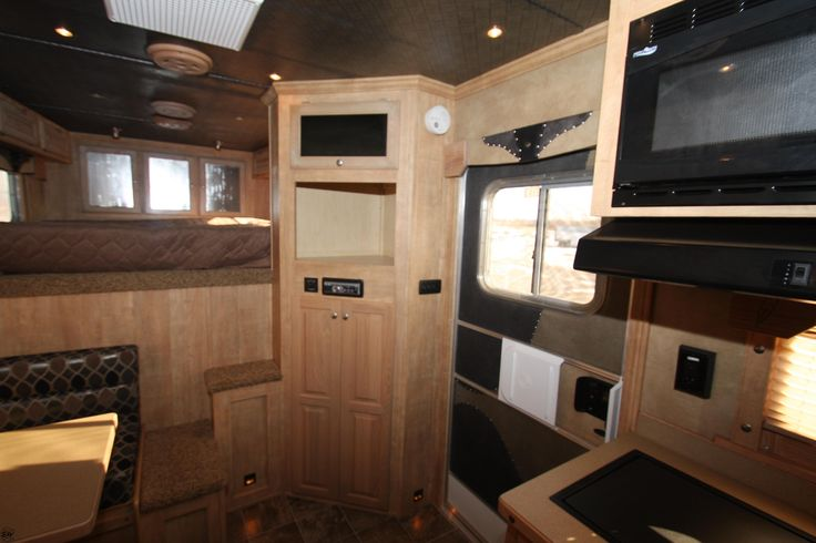 Weekender Horse Trailer Interiors Ideas | 2012_Featherlite ...
