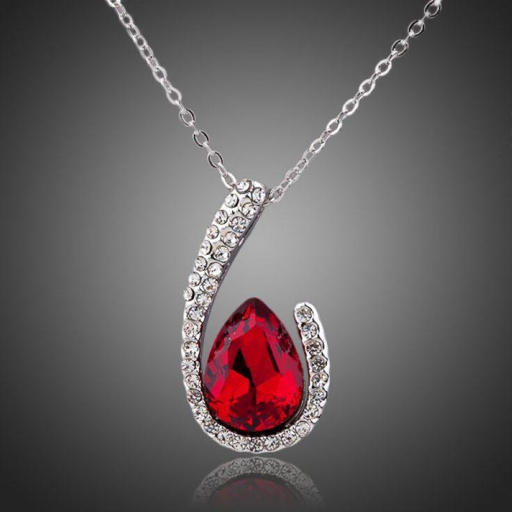 Shipping Imitation Red Diamond Heart Necklace Short Design