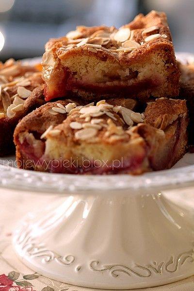 Ciasto śliwkowe z marcepanem