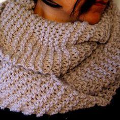 Chunky infinity scarf colore grigio perla