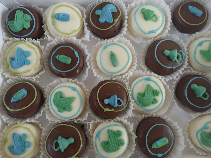 Baby shower alfajores