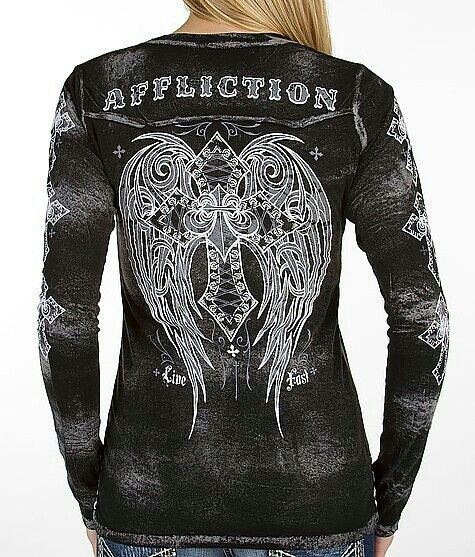 Affliction long sleeve.. Looove this!