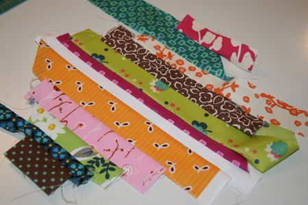 String Quilt Block Tutorial- turn those scraps into an awesome quilt