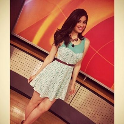 Un placer presentarles a @Anagabriela Espinoza  Marroquín nueva embajadora de la Peli! La pueden ver de L a V de 3:00 a 4:00 en la noticias por Localview a través de SKY 145 y los Sábados y Domingos de 7:00 a 10:00 am por el canal 34, 404 de Cablevisión y 145 de SKY #enbajadora #bellisima #orgullosas #conductora #televisa #sky #noticiero #amolapeli #peligrosas