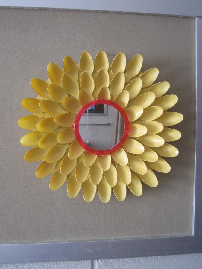 Dorm room decor spoon flower mirror dollar store diy for Dollar store mirror craft