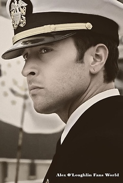 "Lieutenant Commander Steven J. ""Steve"" McGarrett - Hawaii 5-0 (Alex O'Loughlin)"