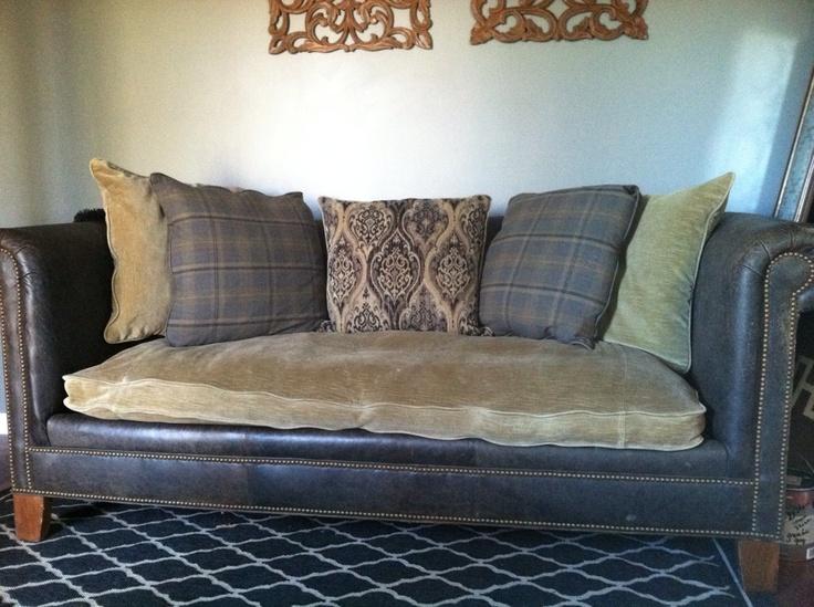 Luscious Living Space | theMochaRoom  themocharoom.com