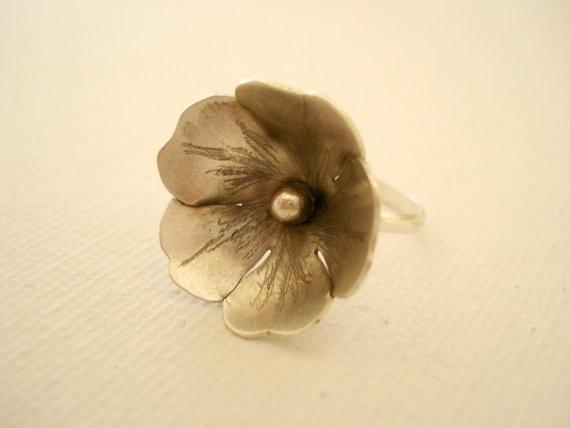 Poppy Sterling Silver Ring Handmade Metalwork 6 by PenelopeStudio, €26.00