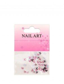 Nail art met vlinder strass steentjes is snel en eenvoudig uit te voeren.