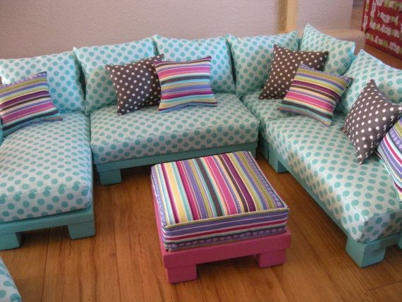 Dollhouse furniture sectional pieces. Make the sofa in the configuration they want. Change it anytime! Great idea.