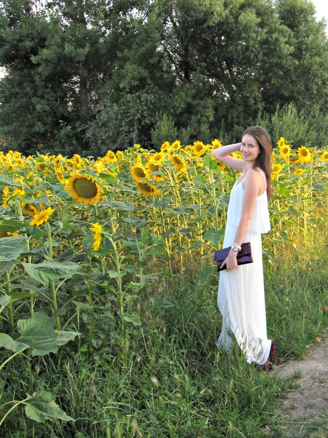 Stiletto in the Cloud: White Maxi & Sunflowers