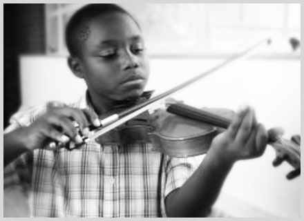 The Hammer Band – From Violence to Violins is a small non-profit organization that started in 2006. Believing in the power of music and music instruction to help kids change their tune.