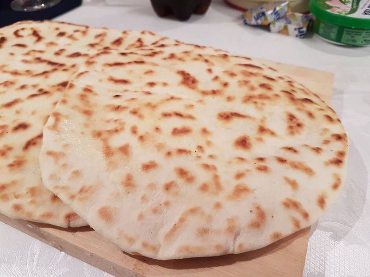 Cheese naan au fromage