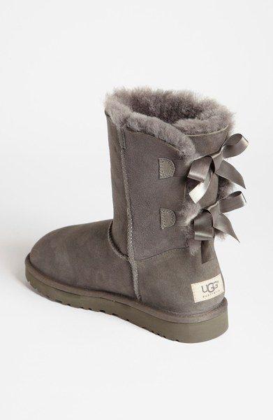 girls grey uggs