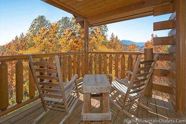 Alpine Mountain Chalets - Alpine Mountain Chalets is a family owned and operated business with over 20 years' experience in vacation rentals.