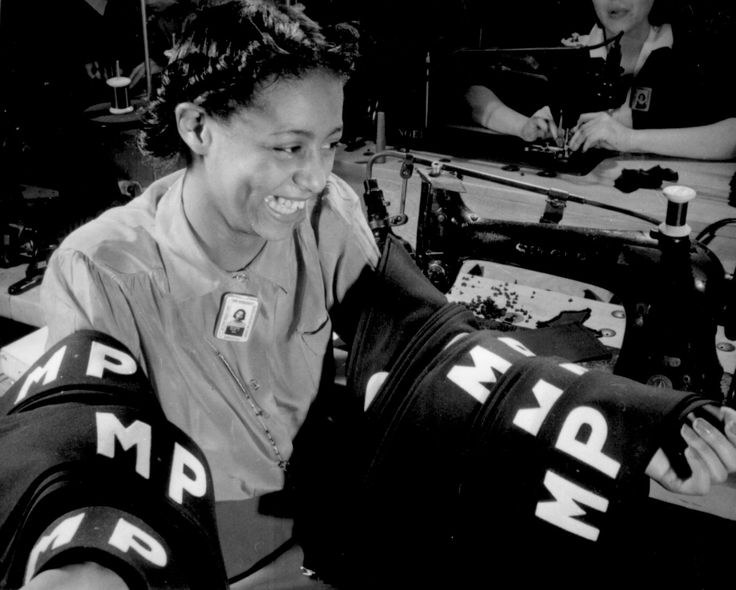 158 best WWII: The HOMEFRONT images on Pinterest   Wwii, Black women and Vintage photos