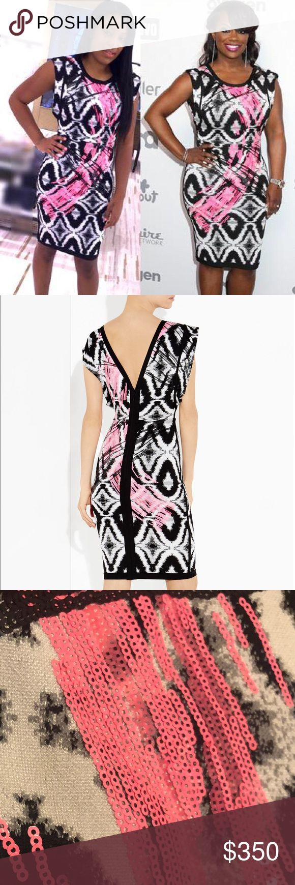 "Herve Leger Sean Jacquard Sequin Detail Dress XS S From the Spring 2015 Runway Collection Retail price $1,990.00 Beautiful Herve Leger black & white ikat-print jacquard dress w/ pink & black contrast sequined brushstroke detail Round neckline Flutter cap sleeves Nips in at natural waist Straight skirt; contrast trimmed straight hem Curve-skimming body-con silhouette Center back zip closure Approx Laid Flat Measurements: Bust: 14.5"" Waist: 11.5"" Hip: 14.5"" Overall Legnth: 36"" Excellent…"