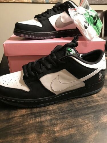 new style e052b 0d382 Nike-SB-Dunk-Low-Staple-Panda-Pigeon-Size-