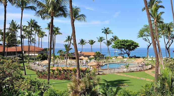 Maui Ka'anapali Villas - the only low rise condominium complex on the best beach in Maui! The bestest place to stay ever!
