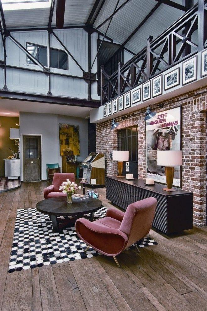 Loft Interior, rebuilt / designed after the Victorian industrial style .. Classy! (st-ouen-loft-4). #InteriorDesign.