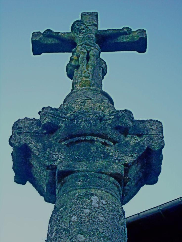 Detalle. Crucero de la  Plaza del Padre Arsenio