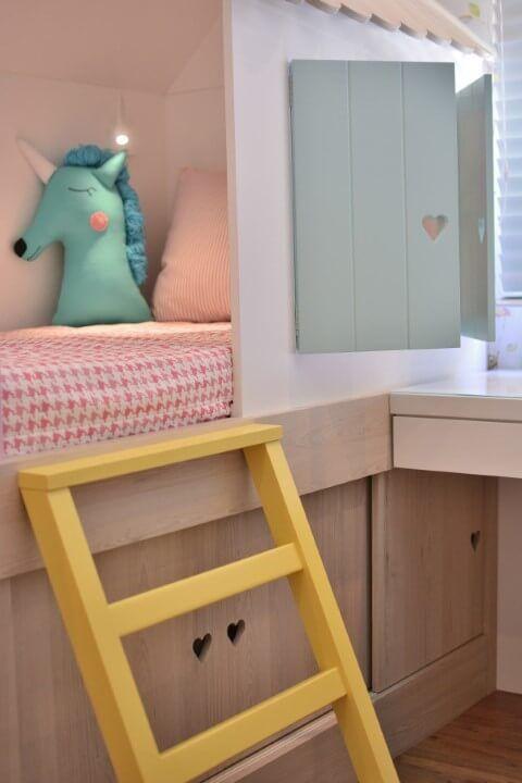 07c9da2a3 Quarto de bebê menina com puxadores de coração Projeto de BG Arquitetura   quartodebebe  quartodemenina