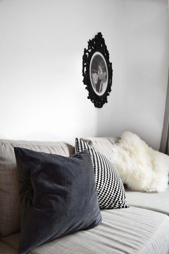 COM Sofa Couch Interior Blogger Wohnung Graues Wohnzimmer