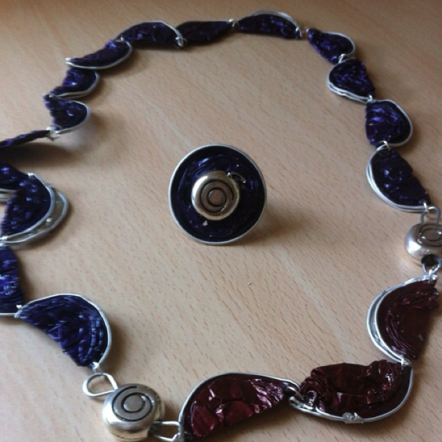 bracelet capsules nespresso tuto free elegantes armband aus with bracelet capsules nespresso. Black Bedroom Furniture Sets. Home Design Ideas